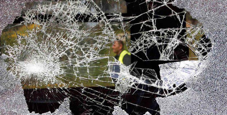 На станции Бутово пострадала женщина из-за брошенного камня