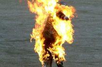 На юго-западе столицы пытались сжечь женщину заживо