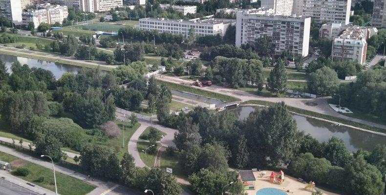 Началась реконструкция парка в Северном Бутово между улицей Ратная и Знаменские Садки