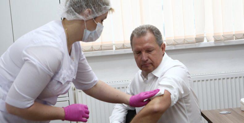 В ЮЗАО работают три пункта мобильной вакцинации от гриппа
